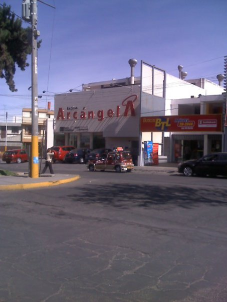 Drugstore Chain Arcangel in Peru